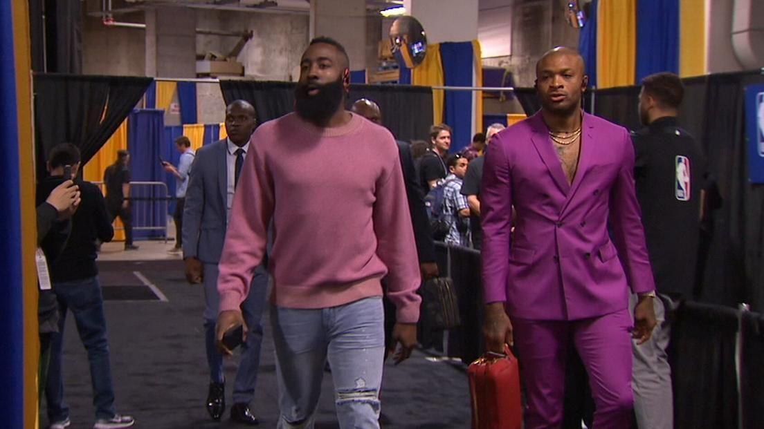 Warriors and Rockets arrive to Game 3 in style
