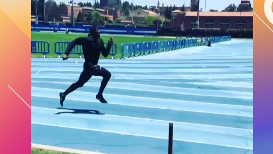 T.O. absolutely flies in 40-yard dash at age 44
