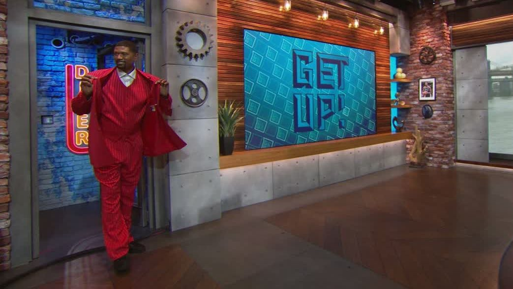Jalen Rose dons iconic draft suit