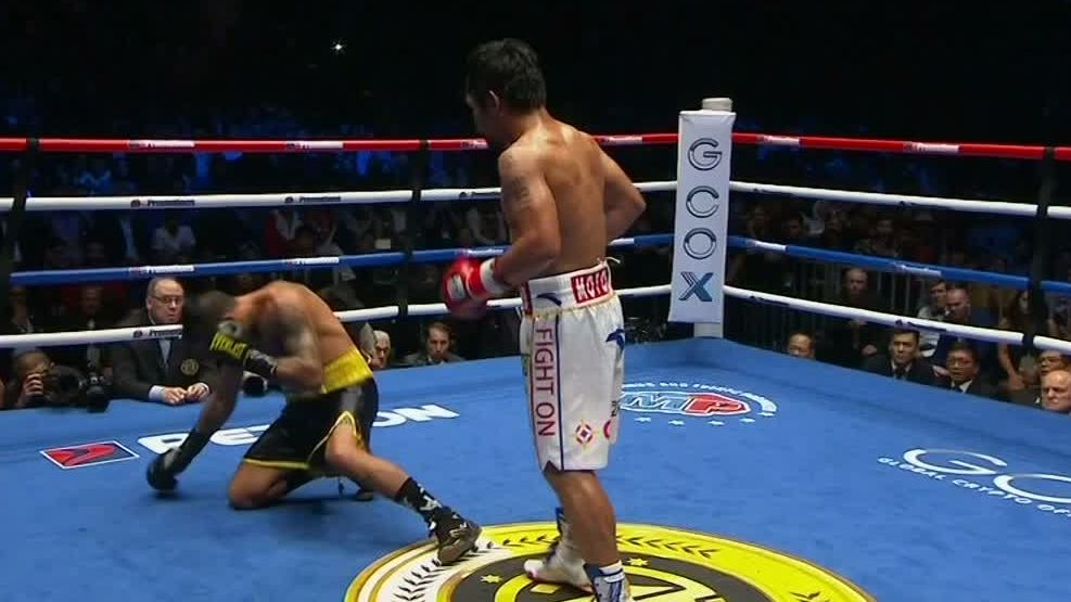 Pacquiao knocks down Matthysse, winner by TKO