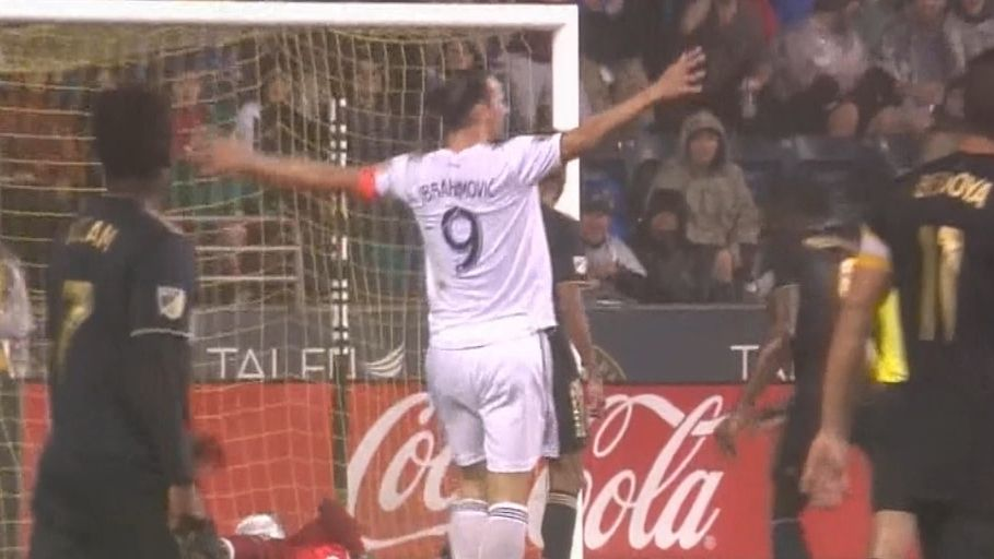 Zlatan's one-timer gives Galaxy a lead