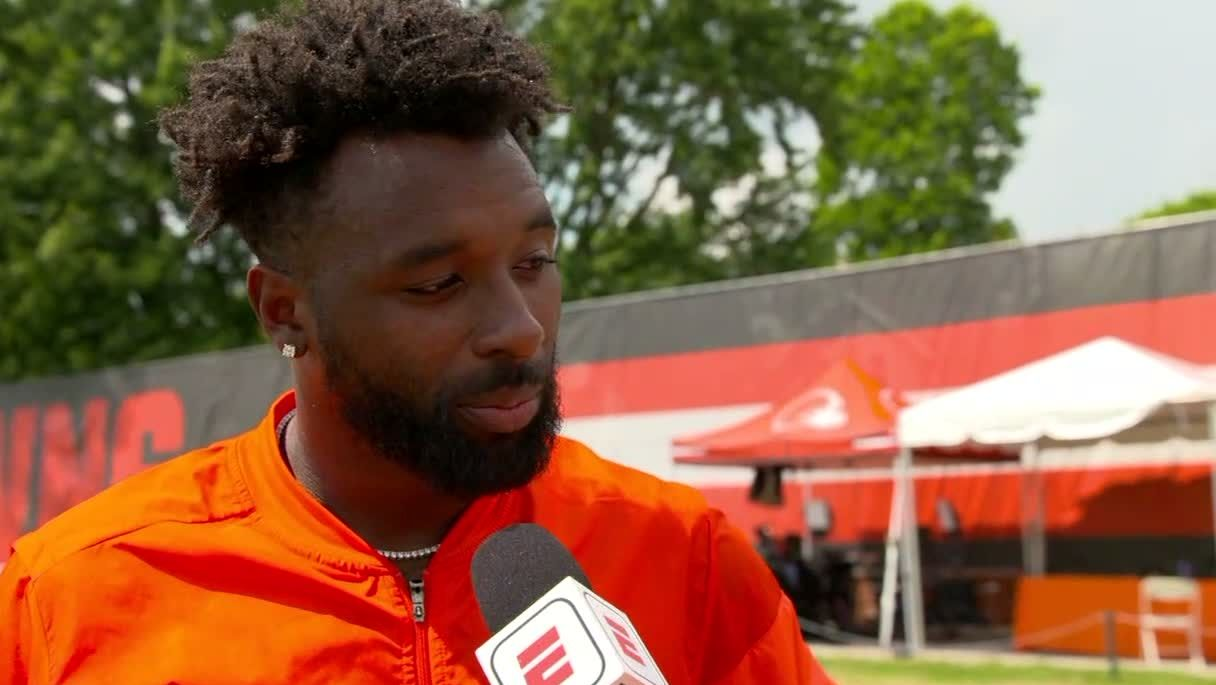 Landry says Browns' offense is 'growing'