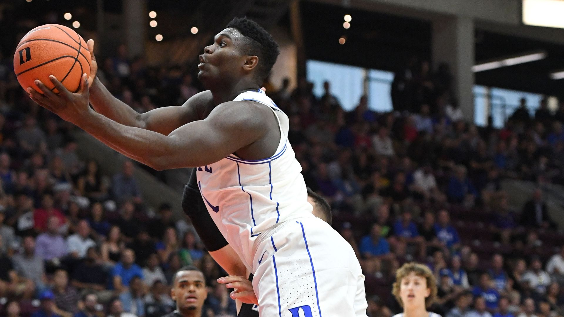Zion impressive with 29 points in Duke debut<br>