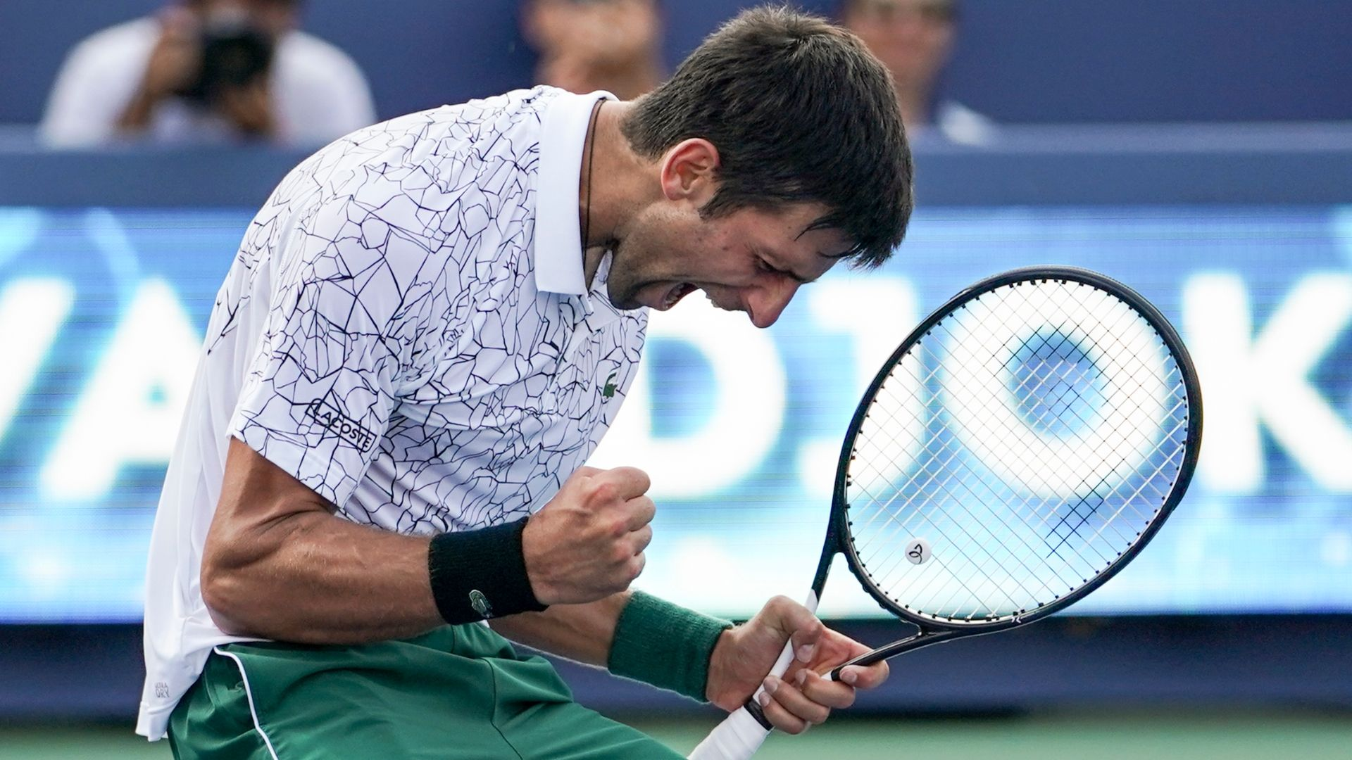 Djokovic beats Federer to win Western & Southern Open title