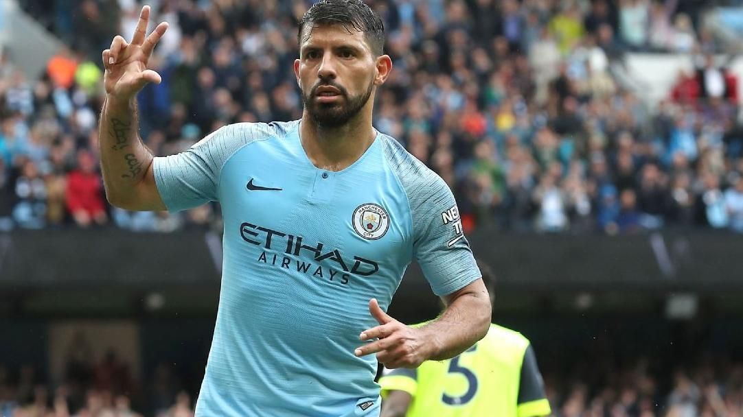Aguero completes his hat trick