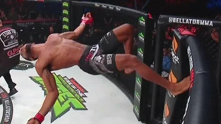 McKee celebrates KO with backflip