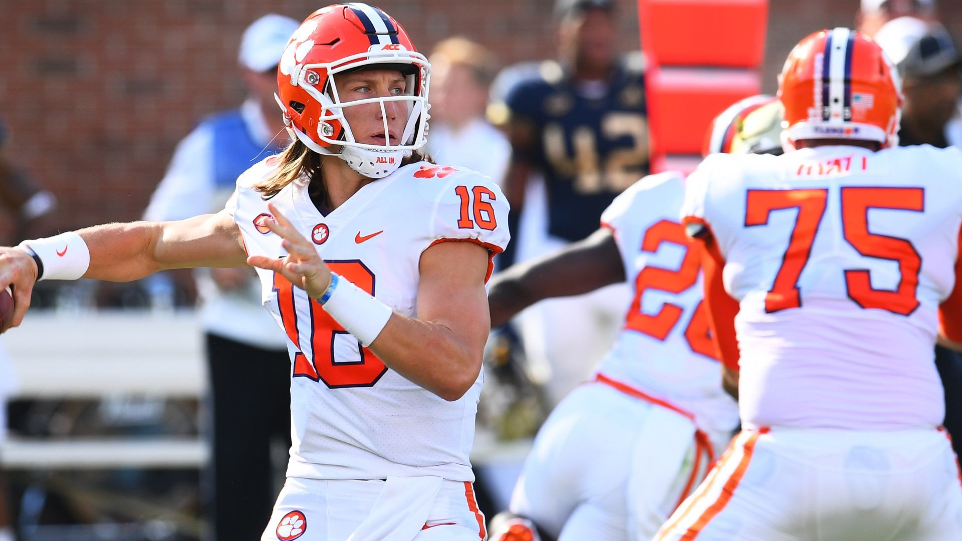 Lawrence fuels Clemson to another big win