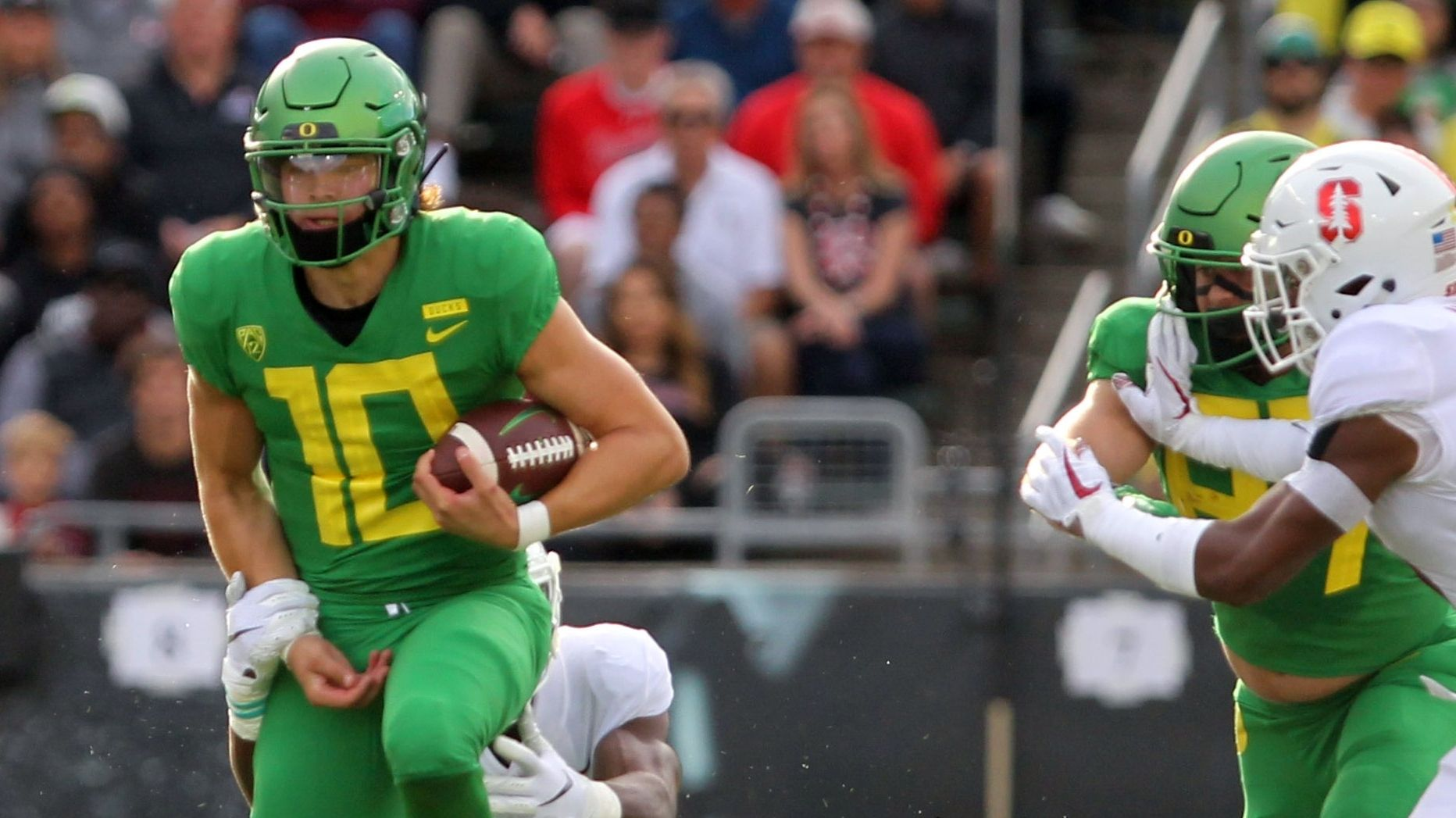 Oregon takes control in the first half