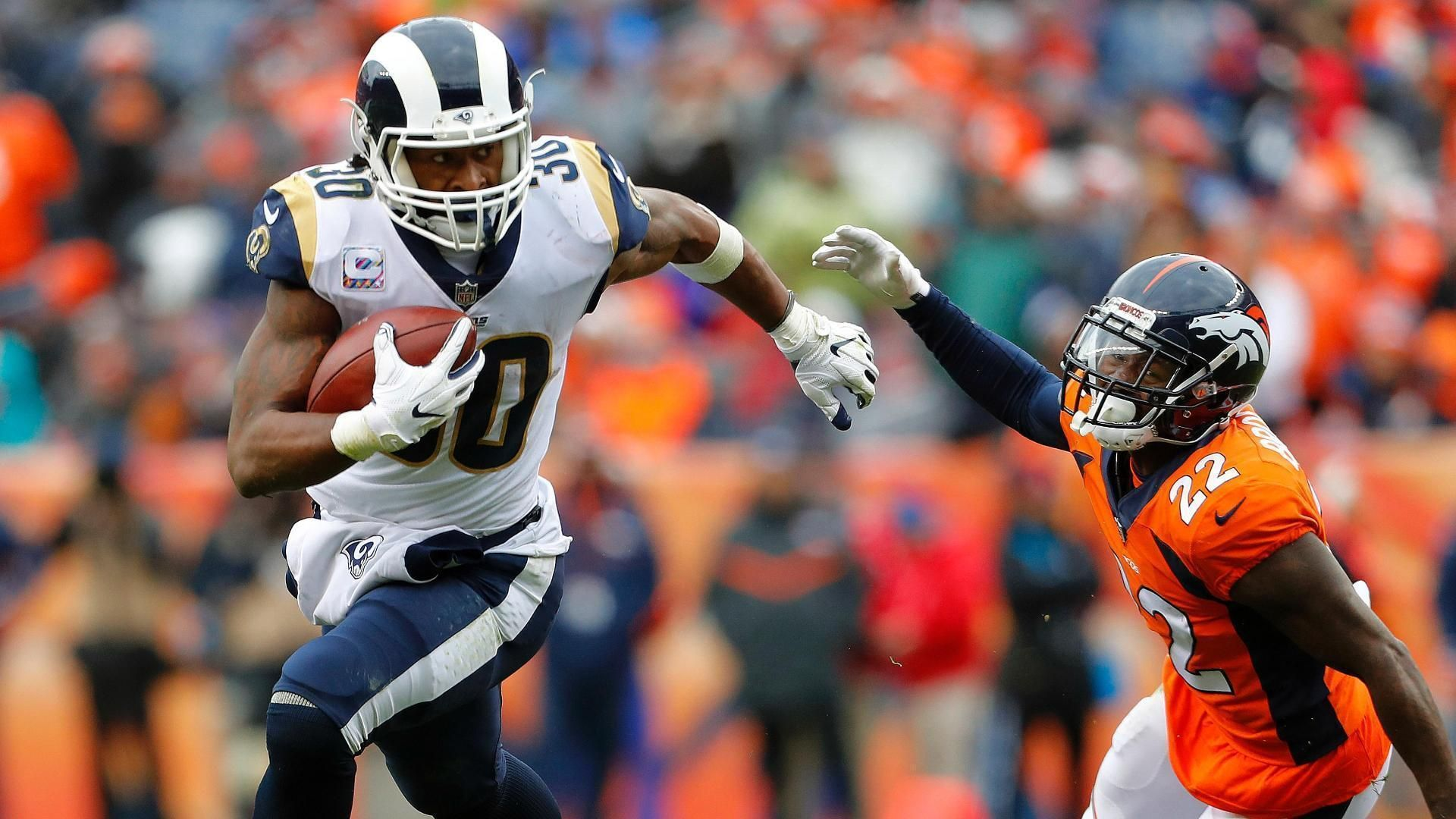 Gurley posts first career 200-yard rushing game