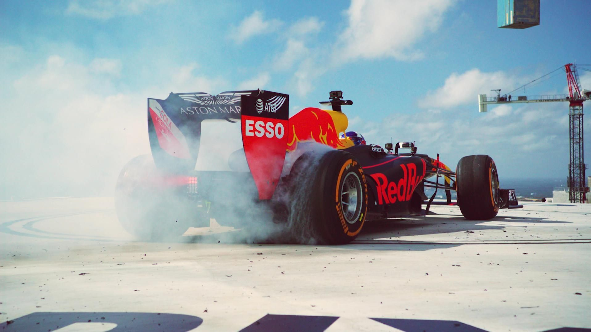 Red Bull F1 team reaches new heights with skyscraper burnout