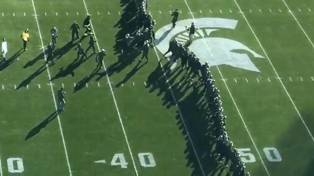 Michigan, Michigan State get heated during pregame