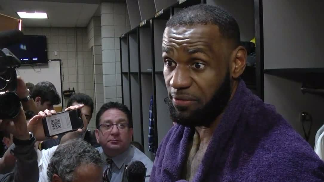 https://secure.espncdn.com/combiner/i?img=/media/motion/2018/1025/dm_181025_NBA_Interview_LeBron_James_on_Lakers_win/dm_181025_NBA_Interview_LeBron_James_on_Lakers_win.jpg