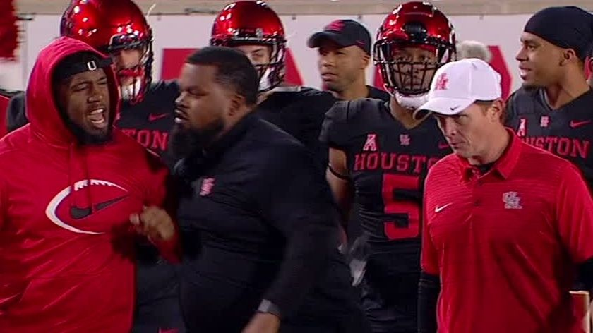 Oliver-Applewhite drama overshadows Houston win
