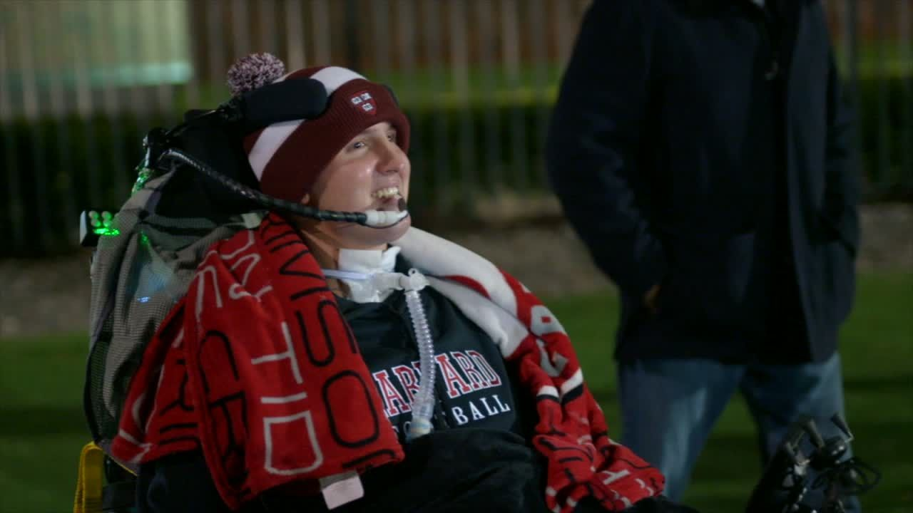 Abercrombie inspiring Harvard teammates after neck injury
