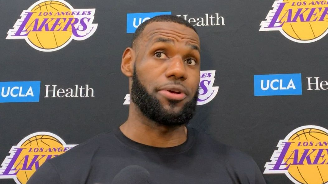 LeBron lists favorite Denzel movies after visit to Lakers