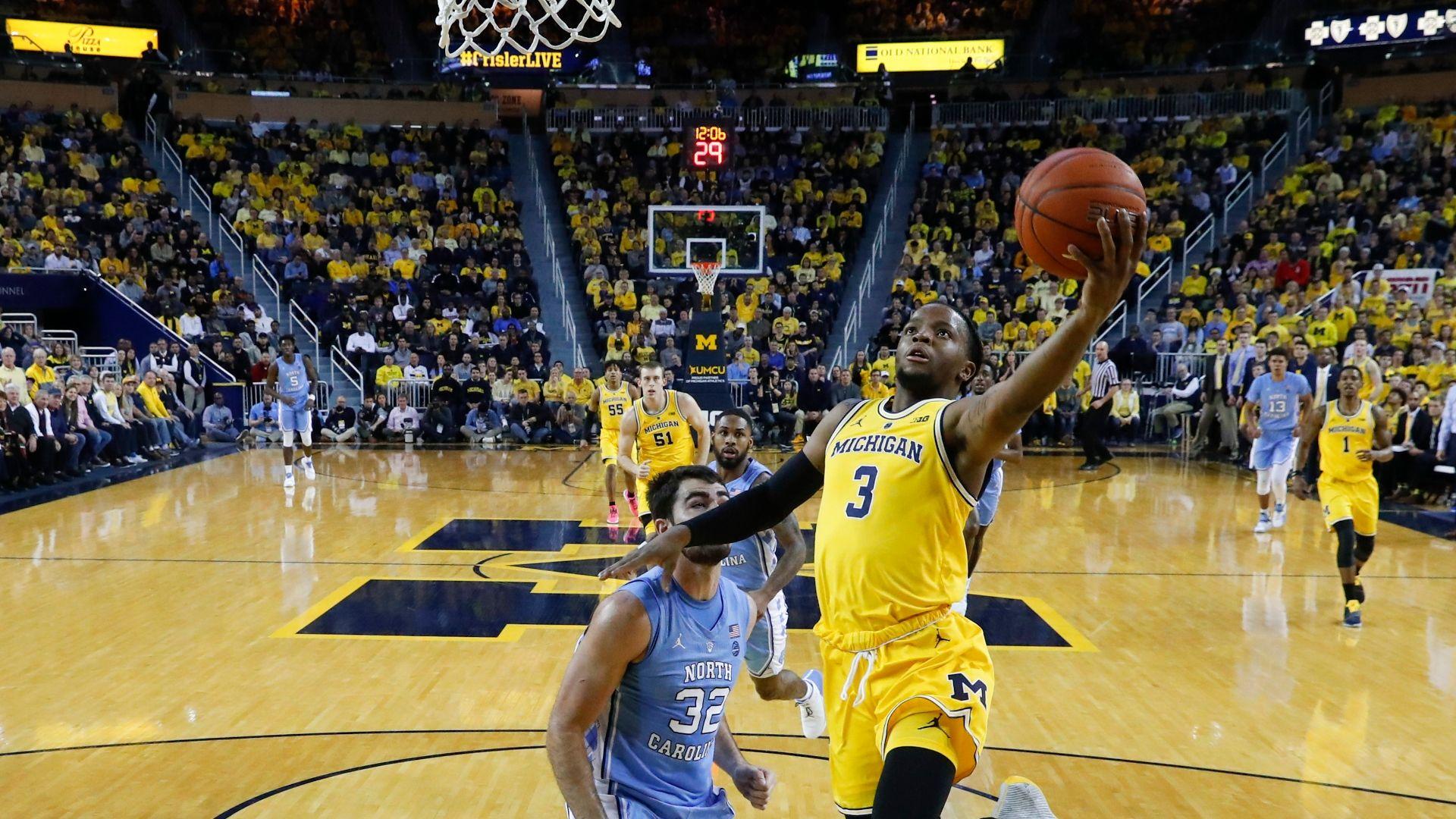 Michigan trounces UNC to stay unbeaten