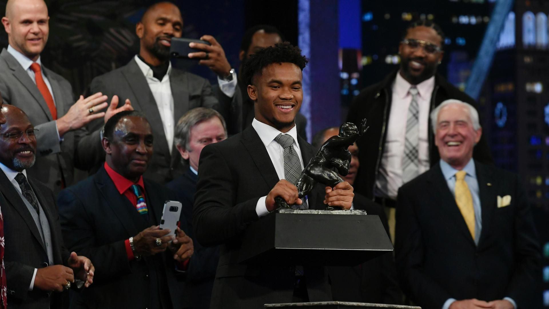 Kyler Murray wins the Heisman Trophy