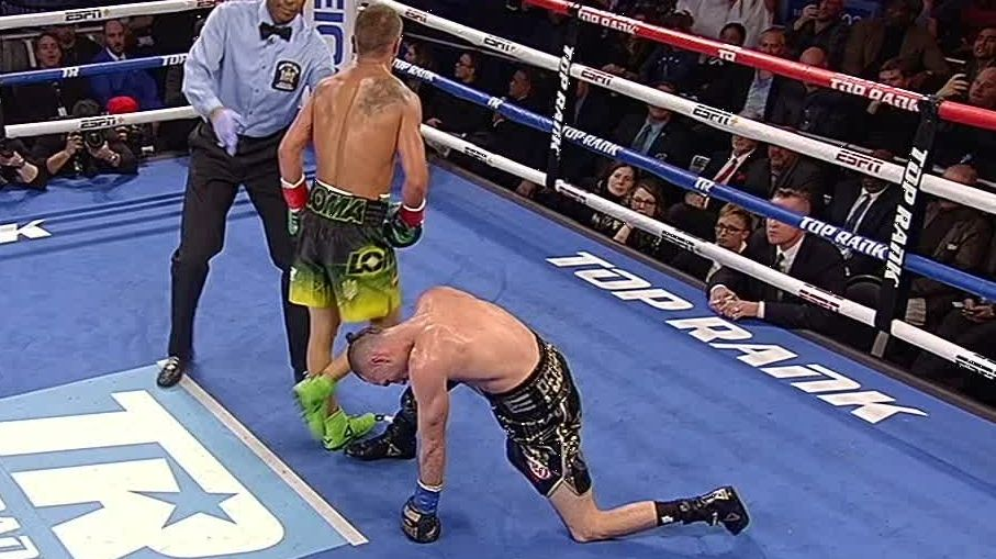 Lomachenko knocks Pedraza down twice in the 11th