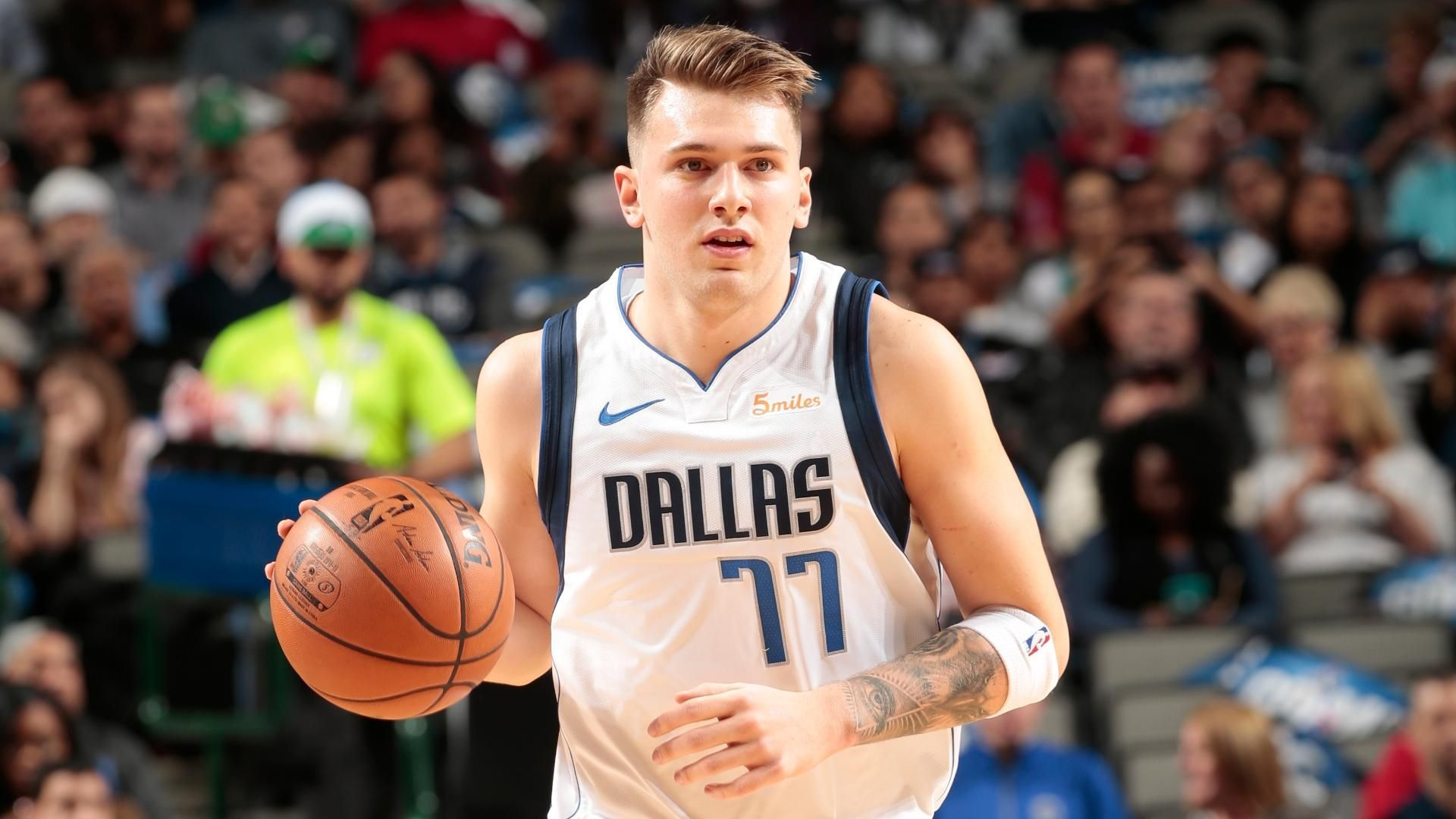 Doncic bests Young in battle of rookies