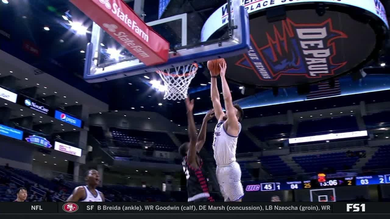 Strus throws down candidate for Dunk of the Year