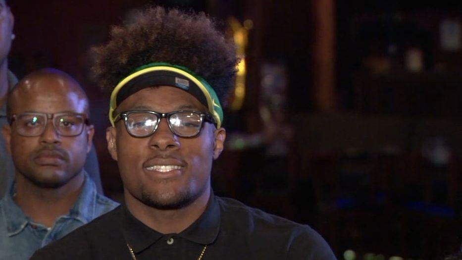 ESPN's top football recruit commits to Oregon