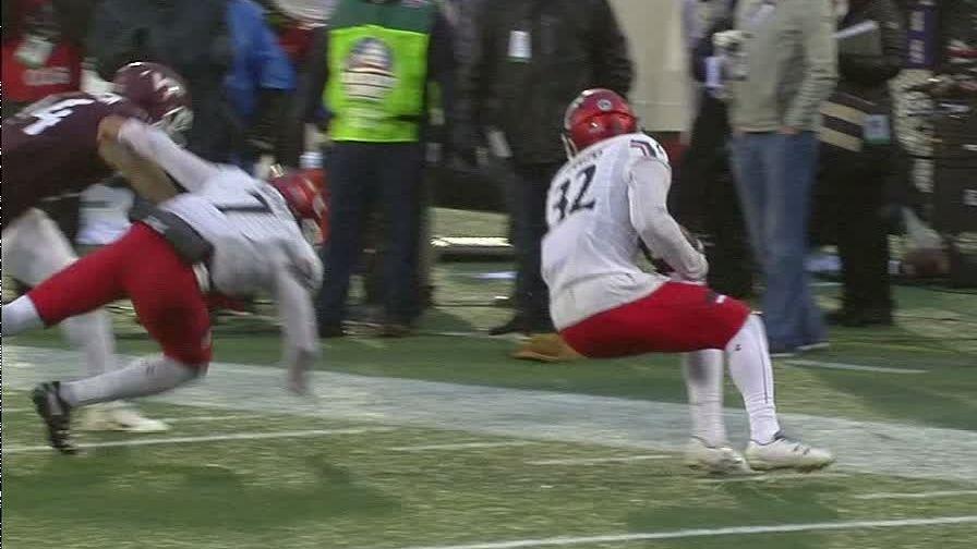Wiggins' INT seals Military Bowl for Cincinnati