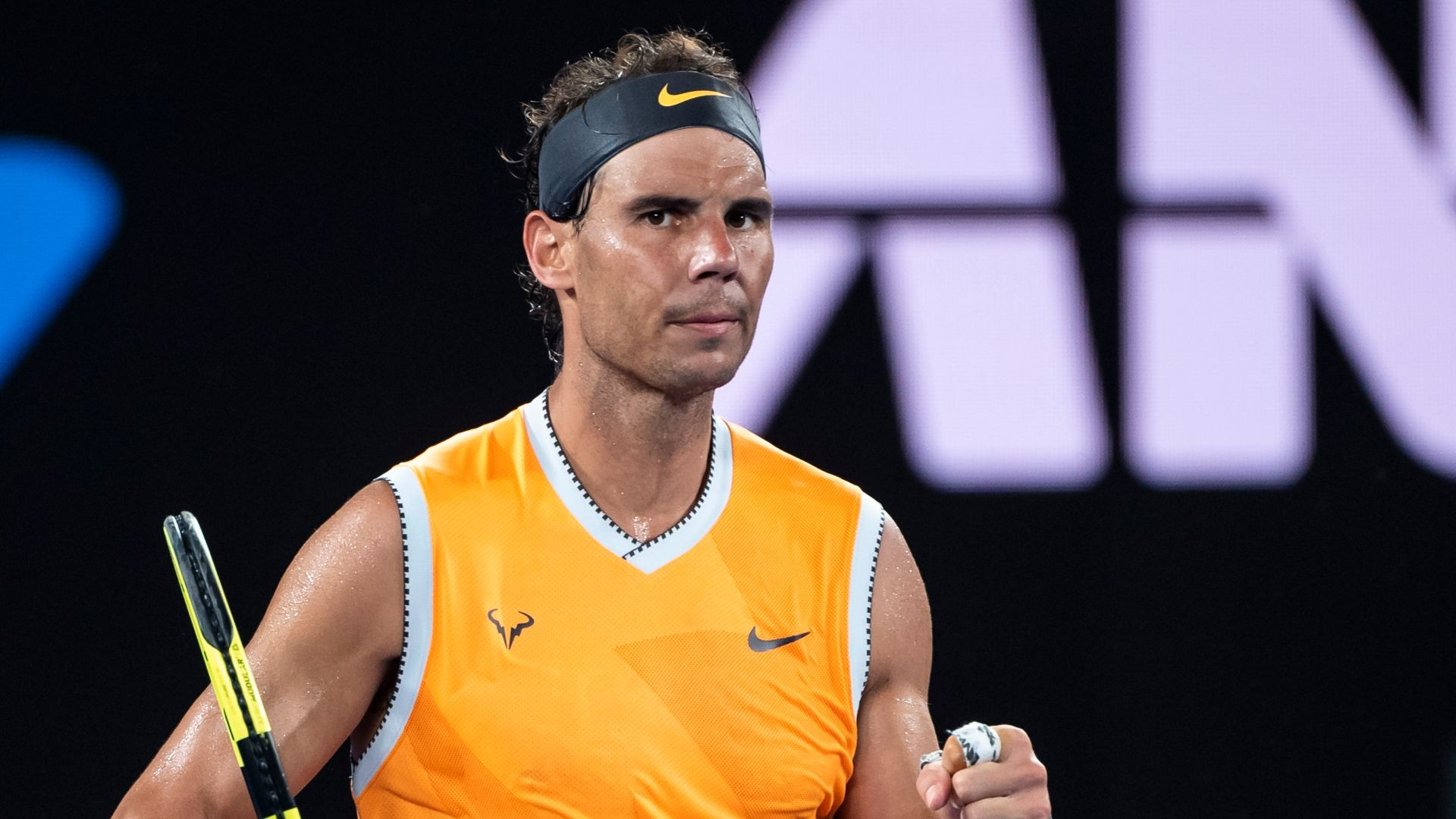 Nadal advances to 3rd round of Australian Open