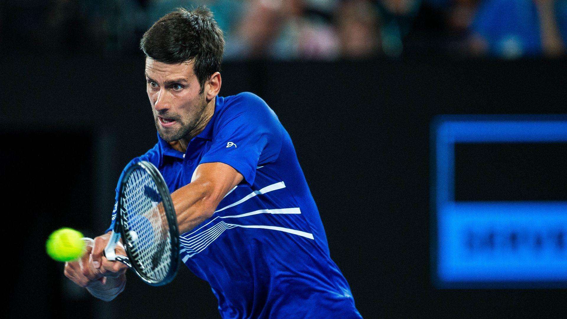 Djokovic cruises into third round in straight sets