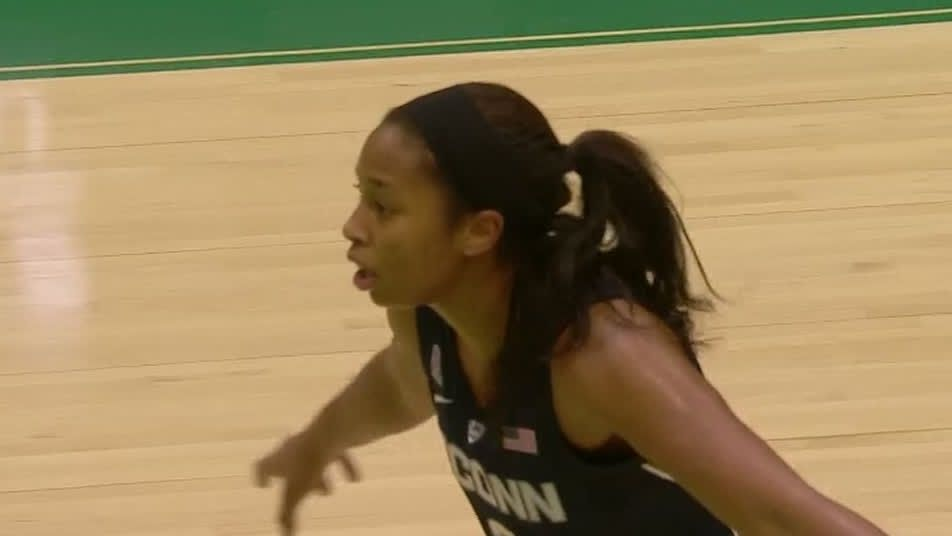 UConn's Walker outscores Tulane by herself, dropping 34