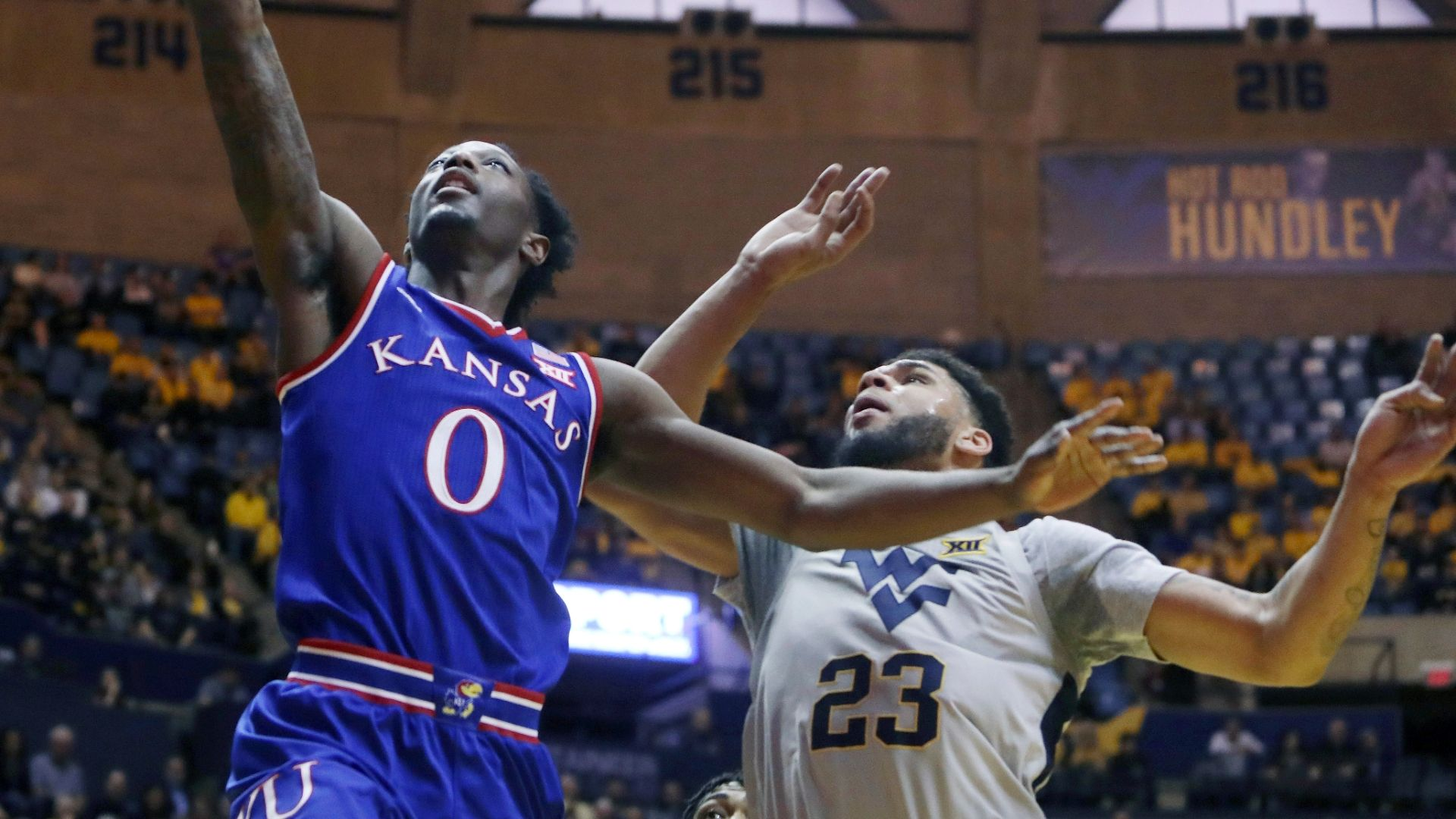 West Virginia rallies in final minutes to upset Kansas