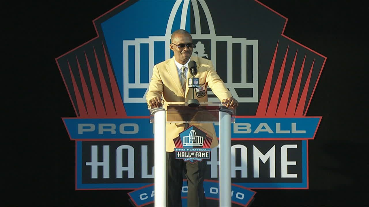 https://secure.espncdn.com/combiner/i?img=/media/motion/fastclipper/2016/0806/evc_NFL_20160806_1A_Pro_Football_Hall_of_Fame_Enshrinement_Ceremo_a93ba39acc064ae9ac83fb604715b549/evc_NFL_20160806_1A_Pro_Football_Hall_of_Fame_Enshrinement_Ceremo_a93ba39acc064ae9ac83fb604715b549.jpg