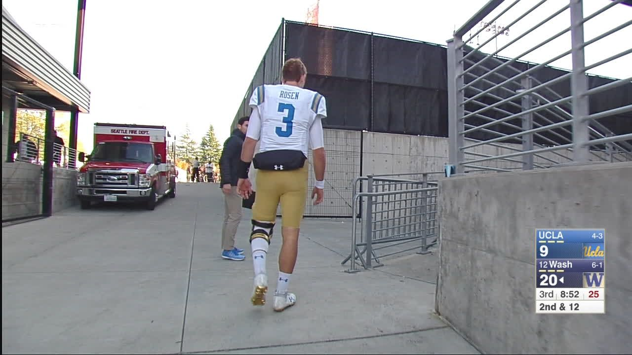 UCLA QB Rosen leaves the game in the 3rd