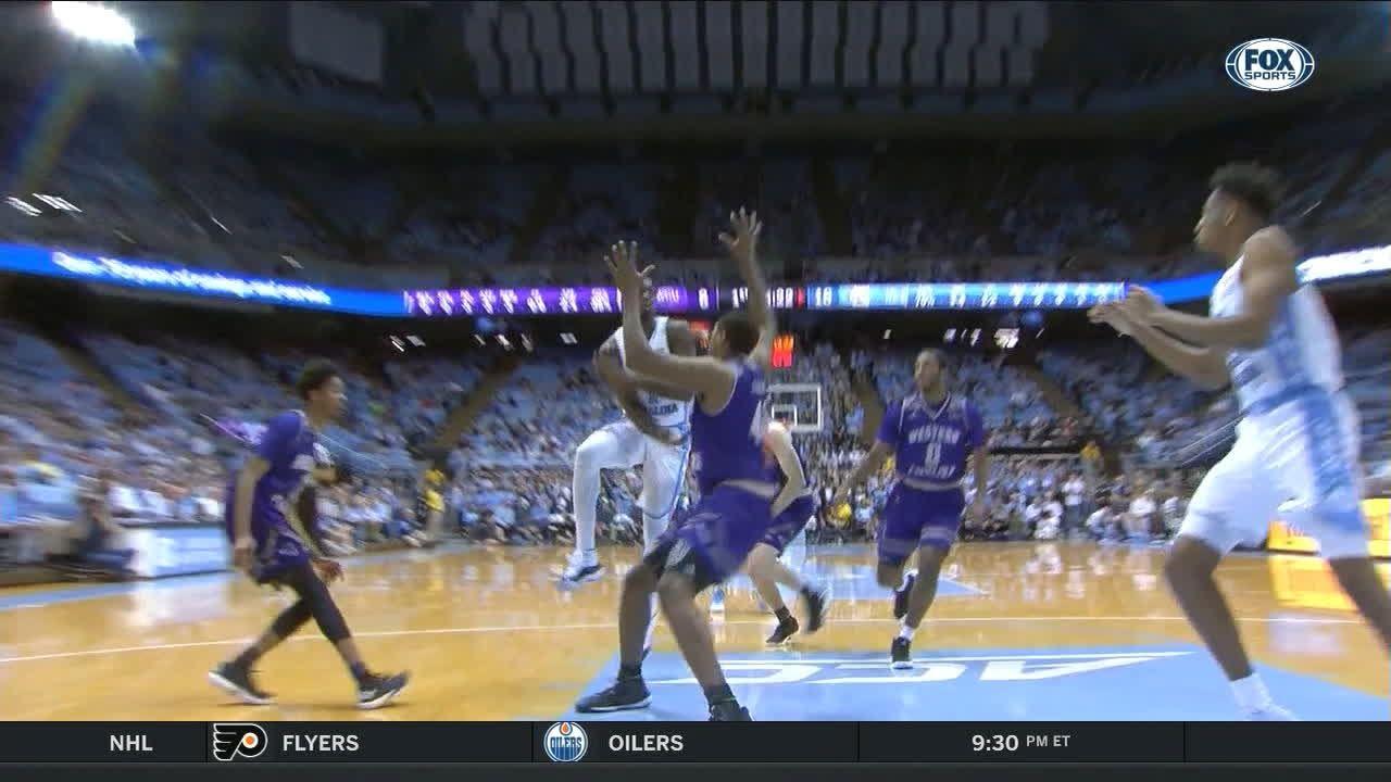 Pinson drops dime for an easy dunk