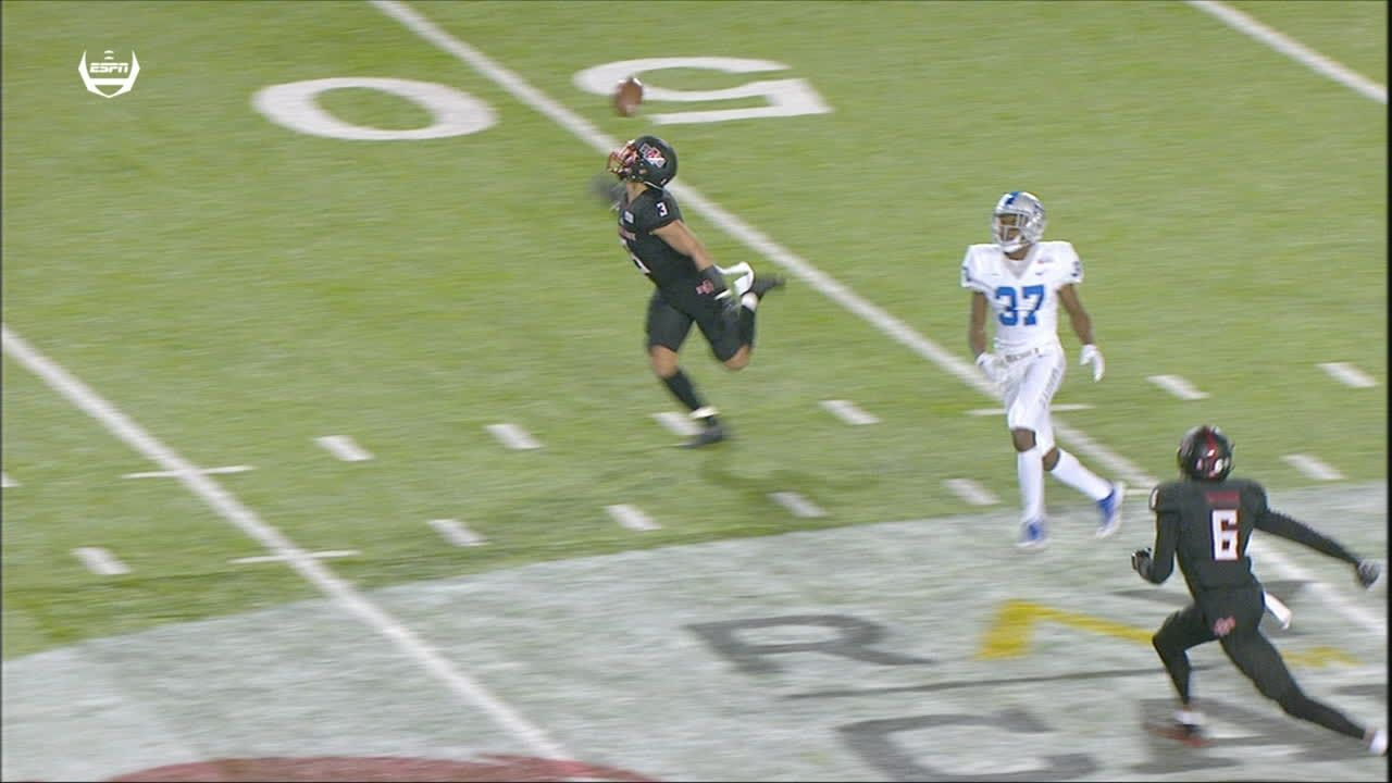 Arkansas State forces turnover on incredible one-handed INT