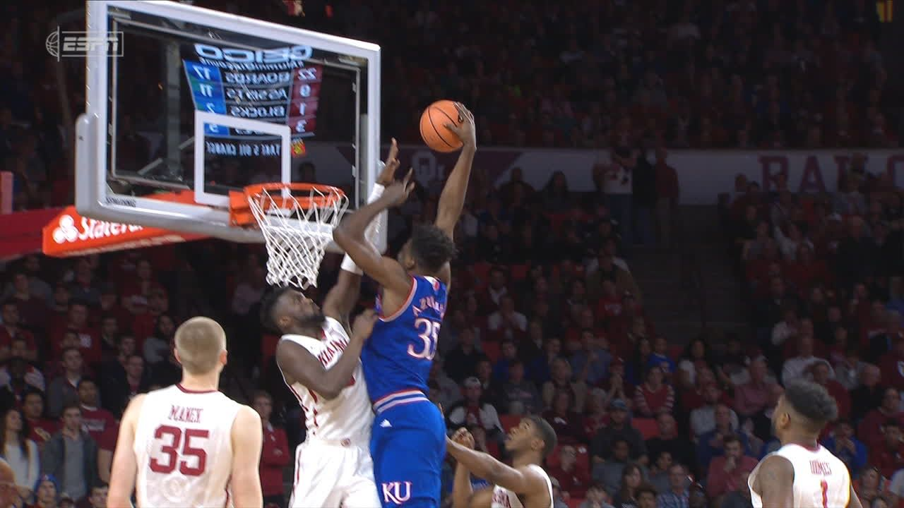 Azubuike hammers down a one-handed jam