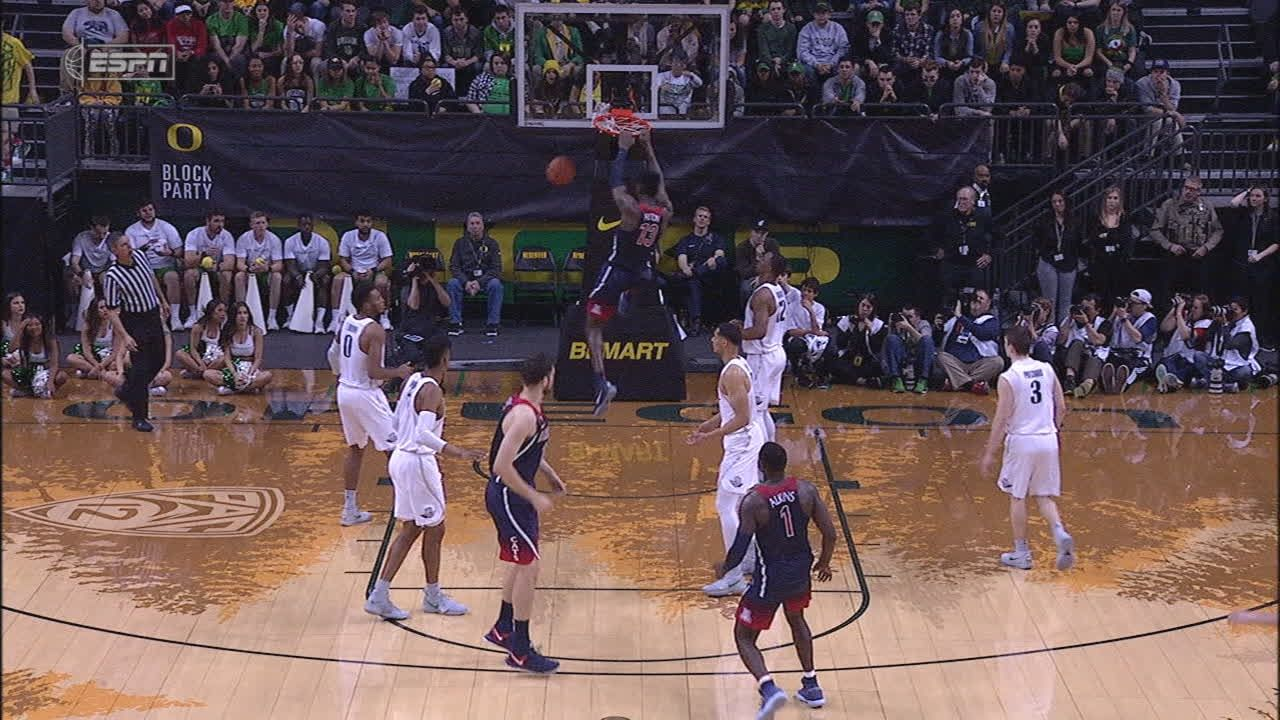 Alkins sets up Ayton inside for two-handed slam