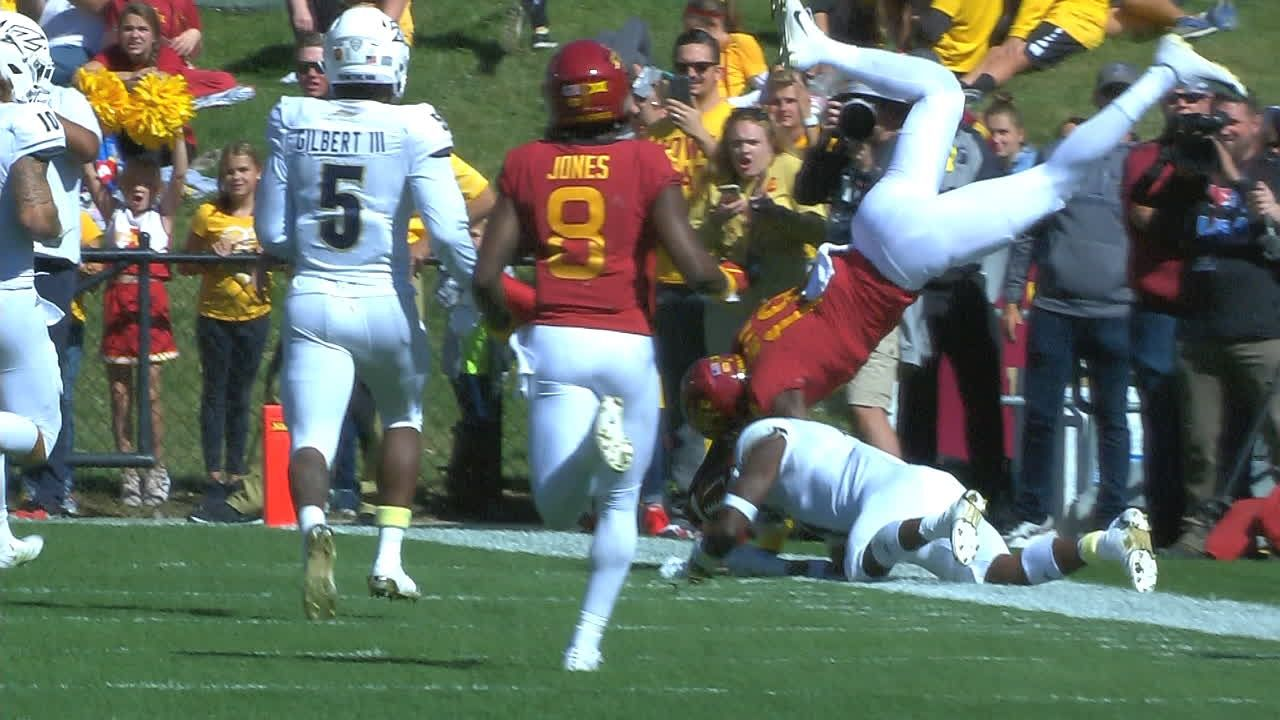 Iowa State WR Butler goes airborne for 24-yard TD
