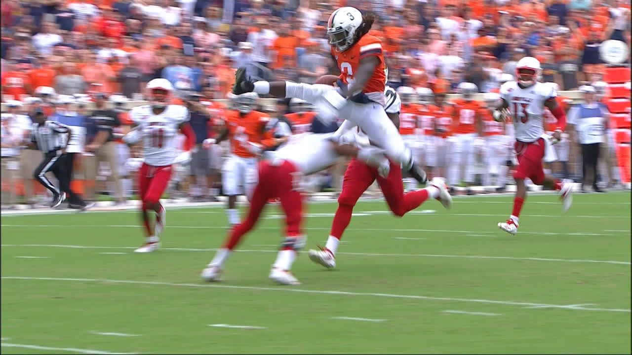Virginia QB hurdles defender