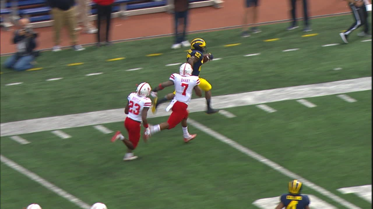 Higdon flys for the 44-yd Michigan TD