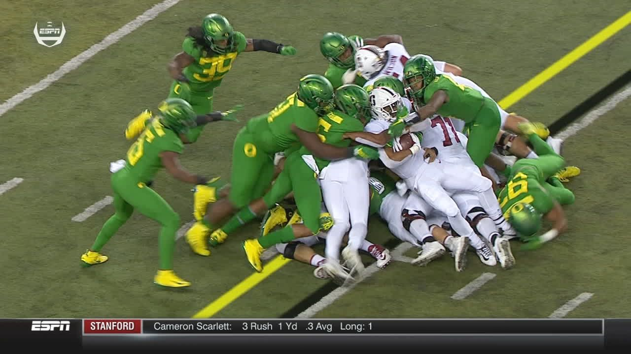 Ducks' defense comes up big on fourth down