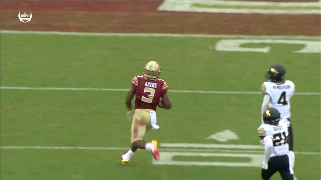 Akers takes it to the house for 55-yard TD