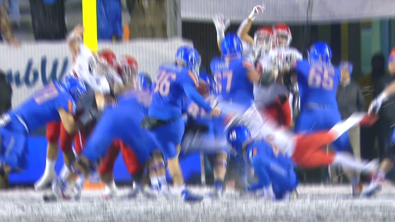 Hoggarth block kick keeps game tied