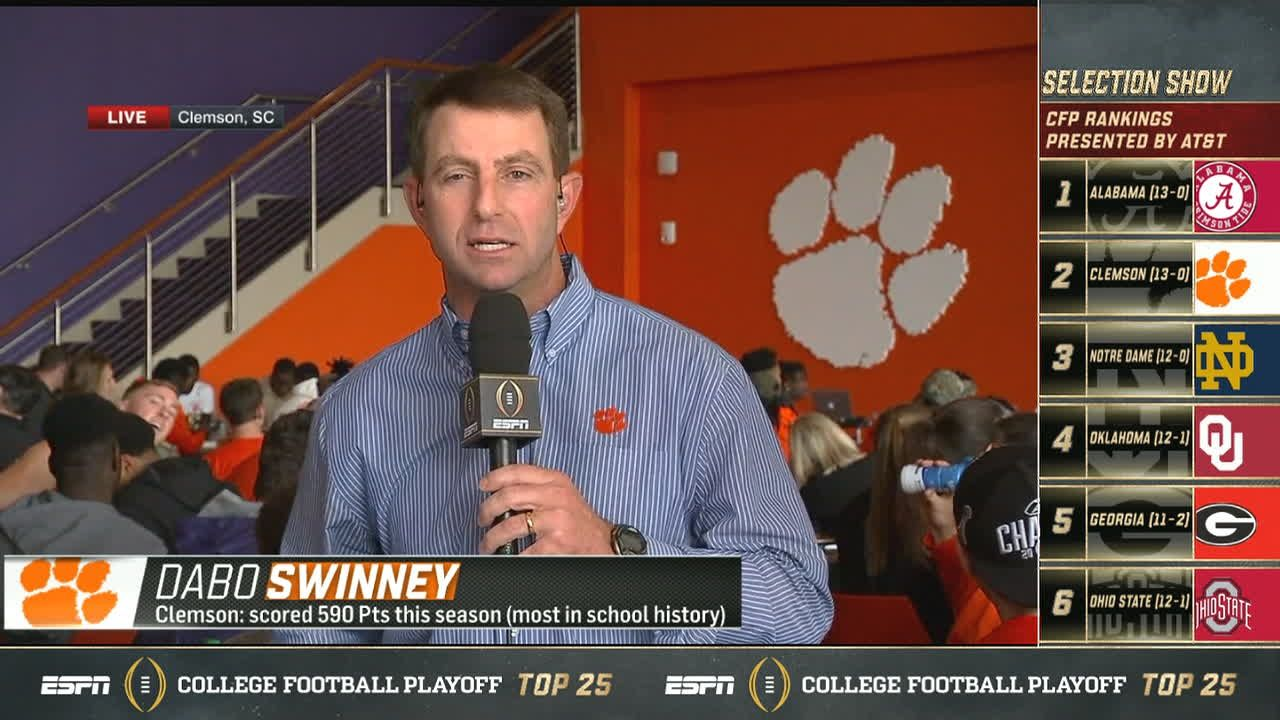 Swinney calls ND's Kelly 'coach of the year'