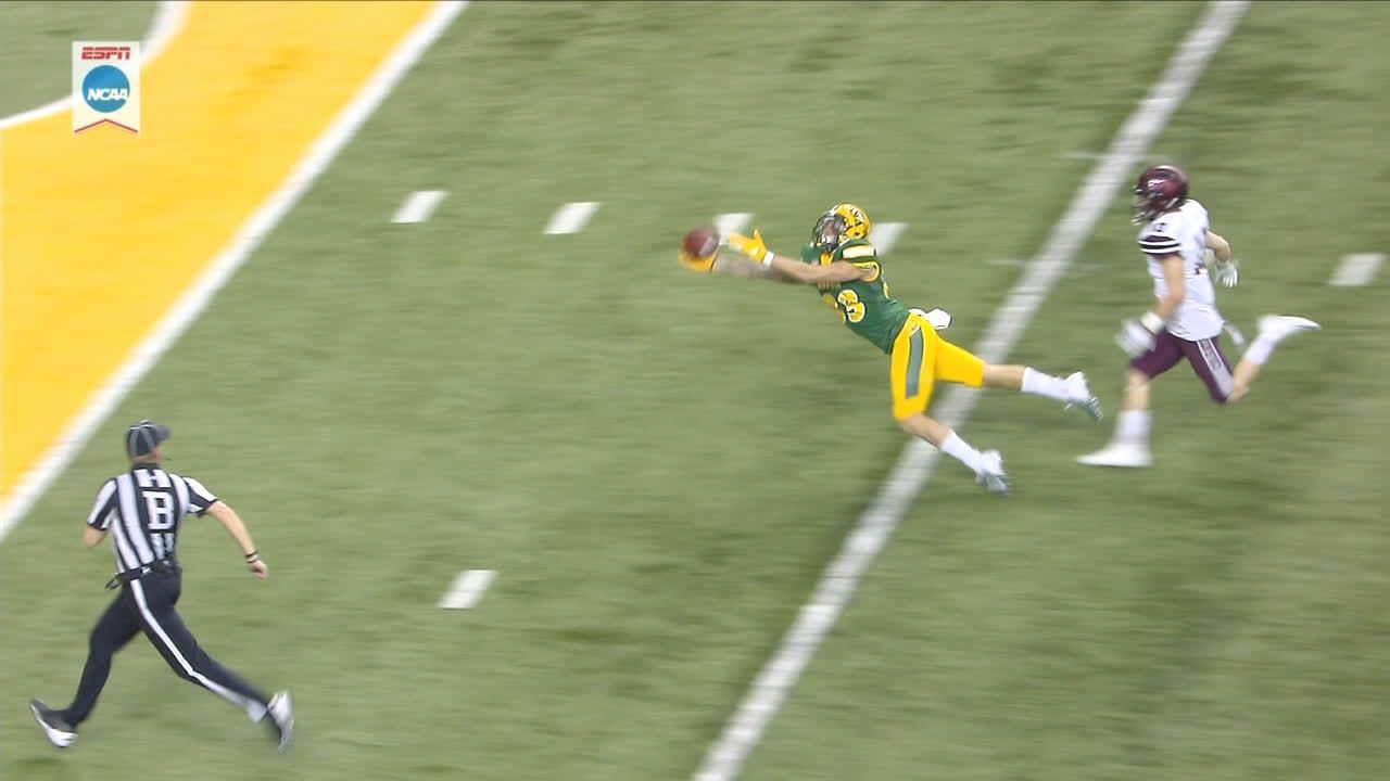 NDSU amazing diving catch ruled incomplete
