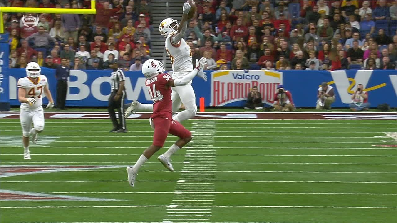 Butler goes up to make one-handed catch