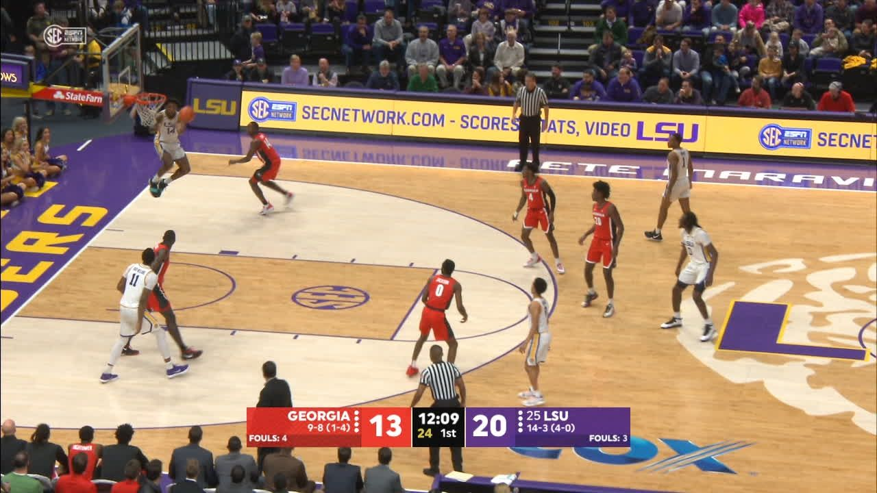 Taylor pounds home huge alley-oop for LSU