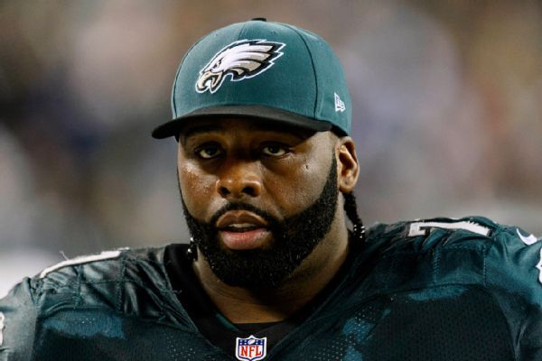 https://secure.espncdn.com/combiner/i?img=/photo/2014/0220/nfl_u_jason-peters_mb_600x400.jpg