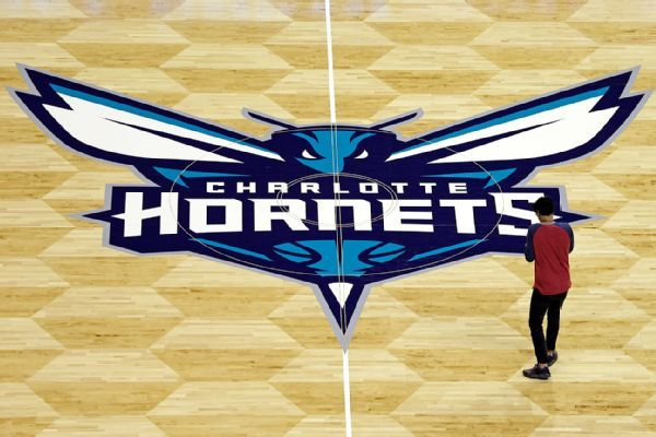 https://secure.espncdn.com/combiner/i?img=/photo/2014/0926/nba_a_hornets11_600x400.jpg