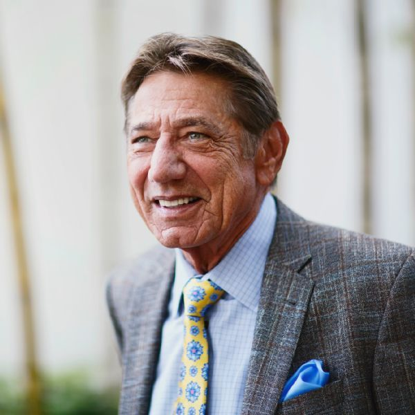 https://secure.espncdn.com/combiner/i?img=/photo/2015/0702/joe_namath_01_golden_js_600x600.jpg